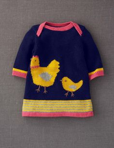 My Baby Knitted Dress: Made of baby soft cotton/cashmere mix. Love the little chickens :)My Baby Knitted Dress- i need this so badly for herBaby chick and Momma chickMy rowing club colours :-) for my niece!chickens - so cute for Easter from Mini Bode Knitting For Kids, Baby Knitting, Crochet Baby, Little Girl Fashion, Kids Fashion, Cardigan Bebe, Pull Bebe, Knit Baby Dress, Stylish Kids