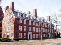 Massachusetts Hall, oldest building at Harvard University.JPG
