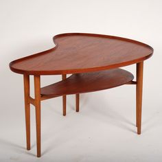 Arne Vodder table