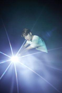 [CF] Jackson modelling for vivo x SMFK collab products Got7 Jackson, Mark Jackson, Jackson Wang, Yugyeom, Youngjae, I Got 7, I Miss Him, Exo Members, Mark Tuan