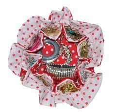Tamanho : 40cm Porta jóia ou bijuteria em tecido com 8 divisórias  Aceitamos encomendas nas cores que desejar.