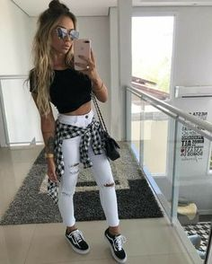 10 Looks Vans Old Skool Look Vans Looks Com Vans Looks Com Vans preto Looks Vans Old Skool van Vans Old Skool vans preto e branco Boho Outfits, Hipster Outfits, Cute Casual Outfits, Grunge Outfits, Simple Outfits, Jean Outfits, Fall Outfits, Summer Outfits, Fashion Outfits