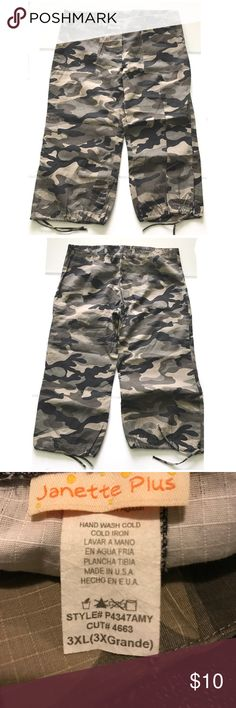 💥Camouflage print Capri pants 💥 Camouflage print Capri pants with drawstring leg tie. Waist:38 inches   Length:32 inches    Hips: and 46 inches (missing waist button) Pants Capris