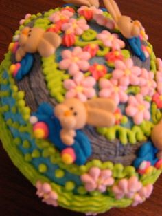 "Top view of ""Go Bunnies Go' Easter Egg made by Karen Decker 2011. ThisLife"