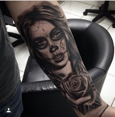 2 chicano tattoo art chicano tattoos pinterest for Teschi messicani femminili
