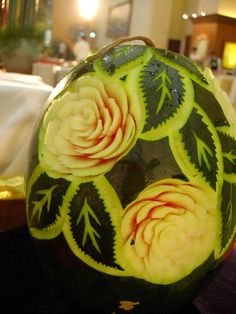 flower_leafs_watermelon_carving