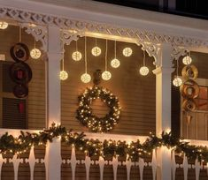 Porch Christmas Lights, Best Outdoor Christmas Decorations, Decorating With Christmas Lights, Holiday Lights, Porch Decorating, Decorating Ideas, Interior Decorating, Yard Decorations, Cookie Decorating