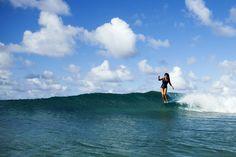 Single fin sliding with ROXY Team Rider @keliamoniz