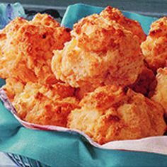 Red Lobster Style Cheesy Biscuits -no Bisquick!