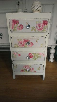 Shabby Chic Furniture Houston soon Home - Design & Decor Shopping Website; Home Decor On Sale where Home Decorators Collection Iceland Spar its Shabby Chic Furniture Painting Ideas Shabby Chic Mode, Shabby Chic Bedrooms, Shabby Chic Kitchen, Vintage Shabby Chic, Shabby Chic Style, Shabby Chic Decor, Shabby Chic Fabric, Decoupage Furniture, Shabby Chic Furniture