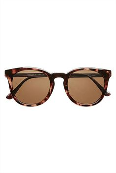 Abigayle Sunnies Just really loving the class Would match the little brown shoulder bag too! Round Lens Sunglasses, Tortoise Shell Sunglasses, Wayfarer Sunglasses, Mirrored Sunglasses, Rings N Things, Four Eyes, Sunnies, Bag Accessories