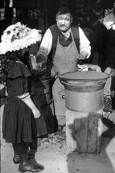 Marchand de marrons à Paris 1905