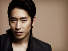 The only photo of Eric Mun that I've found even remotely sexy.