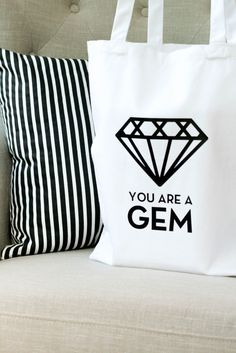 DIY You Are A Gem Tote Bag made with Cricut Explore -- TomKat Studio. #DesignSpaceStar Round 2