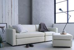 白のレザーとモルタルの壁の組み合わせのクールモダンスタイル|Re:CENO INTERIOR STYLING BOOK