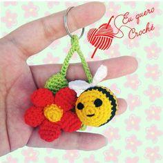 Crochet Fish Patterns, Crochet Diagram, Amigurumi Patterns, Crochet Designs, Crochet Crafts, Crochet Dolls, Crochet Baby, Crochet Projects, Crochet Keychain Pattern