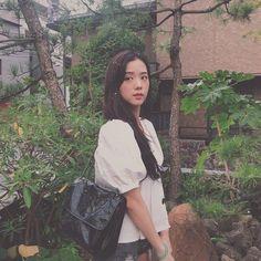 Kim Jisoo from BlackPink 💕 Forever Young, K Pop, South Korean Girls, Korean Girl Groups, Blackpink Debut, Blackpink Photos, Jennie Blackpink, Blackpink Jisoo, Poses
