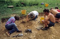 Bronze Age skeleton, dagger-clutching Racton Man could have been a king or priest Bronze Age, Priest, Prehistoric, Archaeology, Mud, Countryside, Group, History, Historia