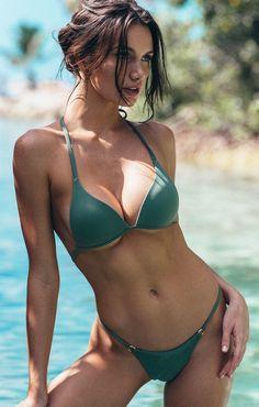 Super hots naked women