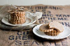 Hummingbird High - A Desserts and Baking Food Blog in Portland, Oregon: Homemade Honey Graham Crackers