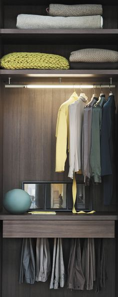 Fantastic use of full vertical space Closet Battende by Italian Company Lema Walk In Closet Design, Wardrobe Design, Closet Designs, Bedroom Wardrobe, Wardrobe Closet, Closet Rod, Dressing Room Closet, Dressing Rooms, Bedrooms