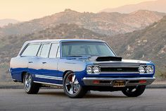 Plymouth Satellite Custom Station Wagon