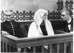 Præsidenten (Carl Th. Dreyer, DK, 1919) The judge in a Danish town sees his illegitimate daughter facing a trial for the murder of her newborn child, and is rather sure that she will be sentenced to death. She became pregnant from an aristocrat who didn't want to marry her. http://www.dfi.dk/faktaomfilm/film/da/14219.aspx?id=14219