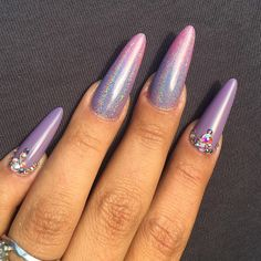Magnetic Holographic Chromes  #nails by Joyce Laugesen