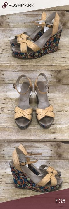 Marc Jacobs Good used condition. Marc Jacobs Shoes Wedges