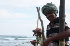 Os pescadores do sul do Sri Lanka Sri Lanka, Places, Boats, Traveling, Angler Fish, Lugares