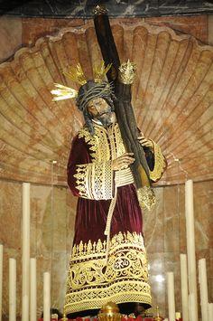 Jesus del Gran Poder de Sevilla Rosary Mysteries, Pictures Of Jesus Christ, The Good Shepherd, Jesus On The Cross, Mother Mary, Christian Art, Religious Art, Jesus Loves, Deities