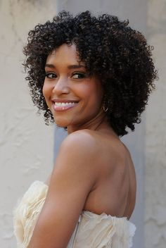 Annie Ilonzeh rocks her curly hair. Love this style!