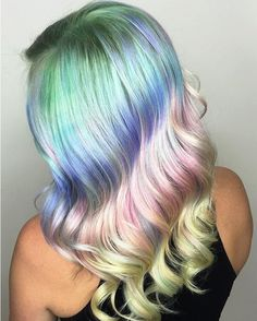 Major #hairspiration + unicorn vibes via @shelleygregoryhair