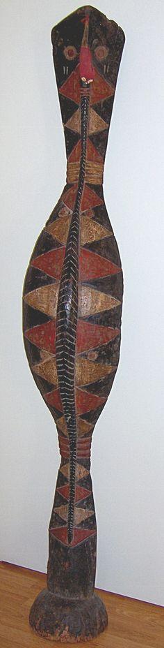 Baga A-Mantsho-Nga-Tshol Snake. Guinea. 115cm. Wood, textile, pigment. Collection PD-Jipsinghuizen-NL
