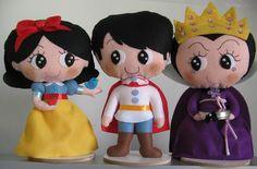 Kit com 3 personagens da história Branca de Neve, com Madrasta e Príncipe.