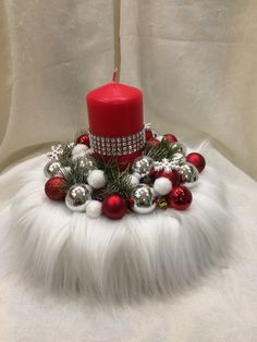 Best 12 consider for other holidays — bunny /hobgoblin/St. Patrick leprechaun – Page 343329171591336711 – SkillOfKing. Christmas Candle Decorations, Christmas Tablescapes, Christmas Candles, Diy Christmas Ornaments, Diy Christmas Gifts, Christmas Projects, Christmas Wreaths, St. Patrick's Day Diy, Christmas Crafts