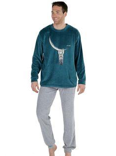 01c13cb3ef Mira los nuevos pijamas de terciopelo para hombre con astronautas