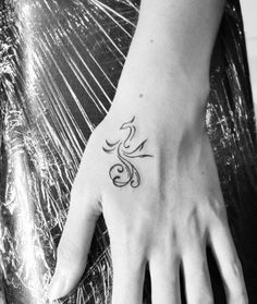 Small Feminine Tattoos With Meaning for Women - Page 5 of 5 - Tattoos. - Small Feminine Tattoos With Meaning for Women – Page 5 of 5 – TattoosBoyGirl - Phoenix Tattoo Feminine, Small Feminine Tattoos, Small Phoenix Tattoos, Phoenix Tattoo Design, Tattoos For Women Small, Small Tattoos, Simple Phoenix Tattoo, Tattoo Phoenix, Dragon Tattoo Feminine