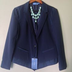 """Simply Vera, Vera Wang // Blazer - navy Very sharp looking blazer from the Simply Vera by Vera Wang collection. Never been worn, NWT but they have been taken off. Pockets are still sealed. This petite garment features the unique, artistic style of the Simply Vera Vera Wang collection, but with a fit designed for smaller frames. With shortened sleeve, hem and inseam lengths. Simply Vera Vera Wang petite sizing is recommended for women 5'4"""" and under. Simply Vera Vera Wang Jackets & Coats…"""