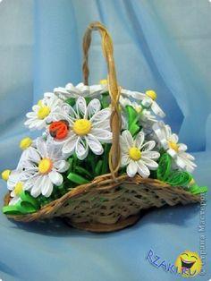 Košík s květy * quilling                                                                                                                                                                                 More