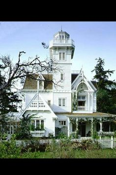 Practical Magic House...I want this house <3