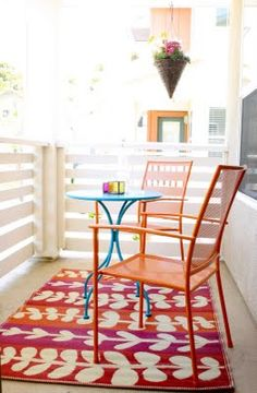 Adorable colorful patio #diy repined by http://austinapartmentstore.com