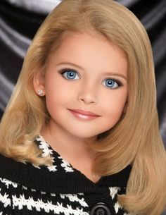 Glitz - toddlers-and-tiaras Photo Most Beautiful Eyes, Beautiful Little Girls, Beautiful Children, Beautiful Babies, Amazing Eyes, Toddlers And Tiaras, Cute Toddlers, Cute Kids, Pageant Headshots