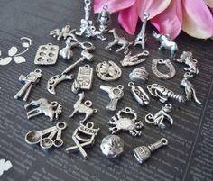 Charms-pulsera de plata collar de encantos por StampedOneOfAKind