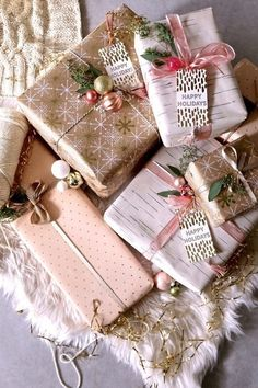 36 Amazing Christmas Gift Wrapping Ideas You can Make Yourself – Diymeg Christmas Gift Wrapping, Christmas Presents, Diy Gifts, Holiday Gifts, Christmas Holidays, Christmas Crafts, Christmas Traditions, Rose Gold Christmas Decorations, Christmas Ideas