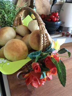 Tupun tupa: Äitienpäivä hampparit ja viikon ruokalista Pear, Fruit, Food, Essen, Pears, Yemek, Meals
