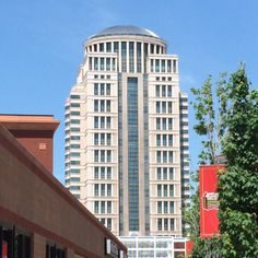 The Thomas F. Eagleton Federal Courthouse dominates parts of the St. Louis skyline