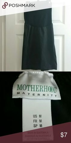Motherhood Maternity Pencil Skirt Size M Gently worn black Motherhood Maternity Pencil skirt. It has a small slit in the back. Perfect for work! Motherhood Maternity Skirts Pencil