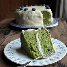 Kale cake? Yes! Trust, me, you can't even taste the kale, but it gives this cake such a bright green colour and leaves some goodness behind.