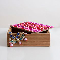 Hugs And Kisses Jewelry Box
